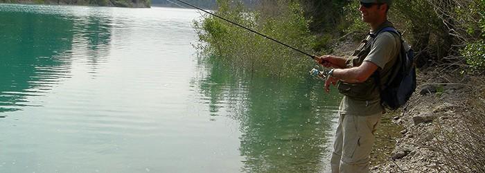 La pêche en rivière - Copyright : ARPE PACA